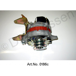 Alternator, 12V, 60 - 70 A, with integrated regulator, three-phase current, exchange part