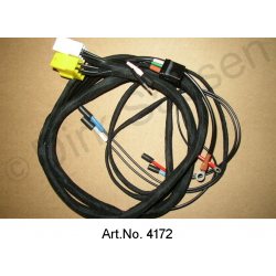 Specify wiring harness, SM, fender, front, right, carburetor or IE, model and year of manufacture